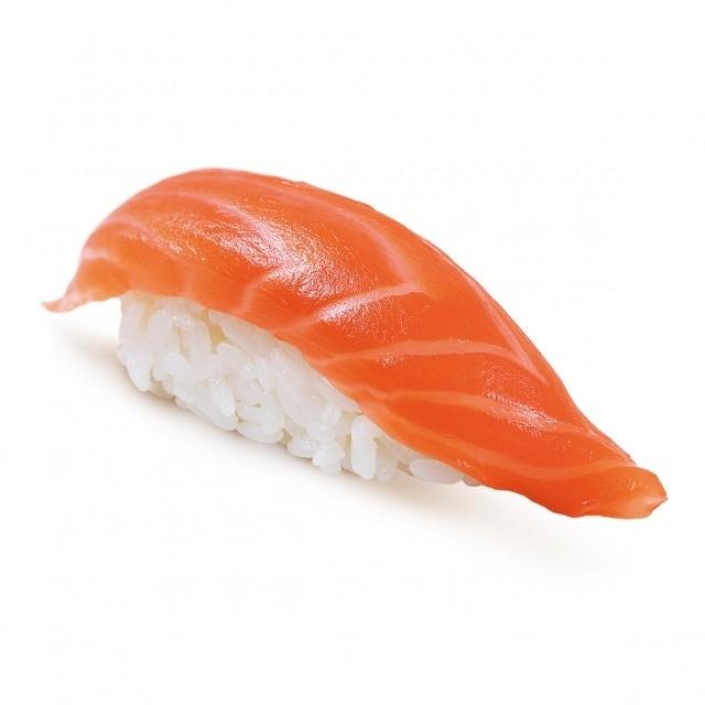 Суши с копченным лососем - фото 4580